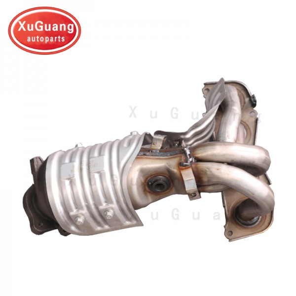 XG-AUTOPARTS Engine Exhaust Manifold with Catalyti...